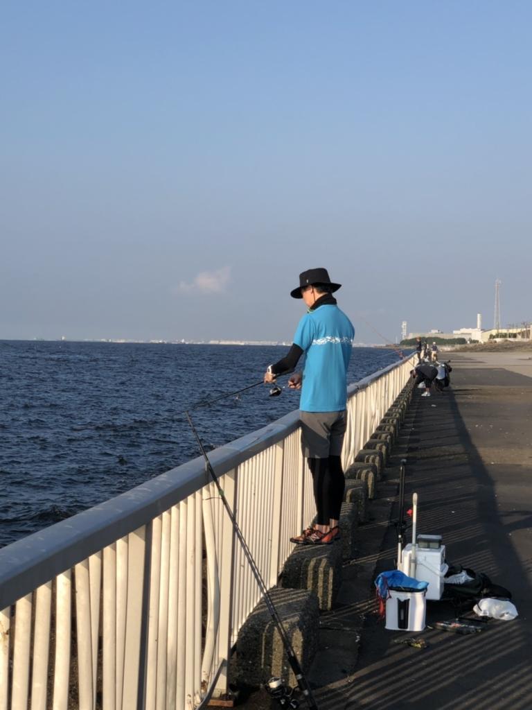 真夏の海でのアンダーウェア着用イメージ