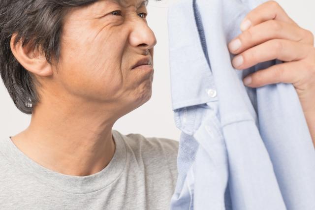 【加齢臭の原因と対策】 スメルハラスメント40代の悩み なにこれ?くさい!!