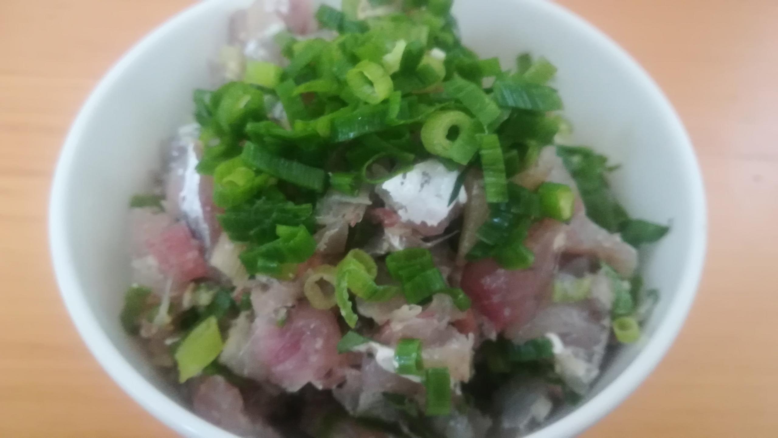 【新鮮アジ料理】釣った豆アジのたたき・骨せんべいを作る
